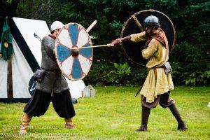 Rørik and Ragnar sparring.